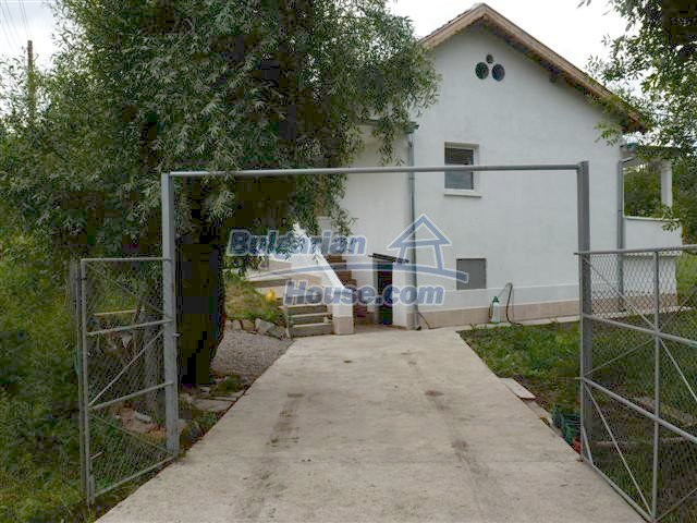 10979:3 - Beautiful rural furnished property for sale 70km from Burgas