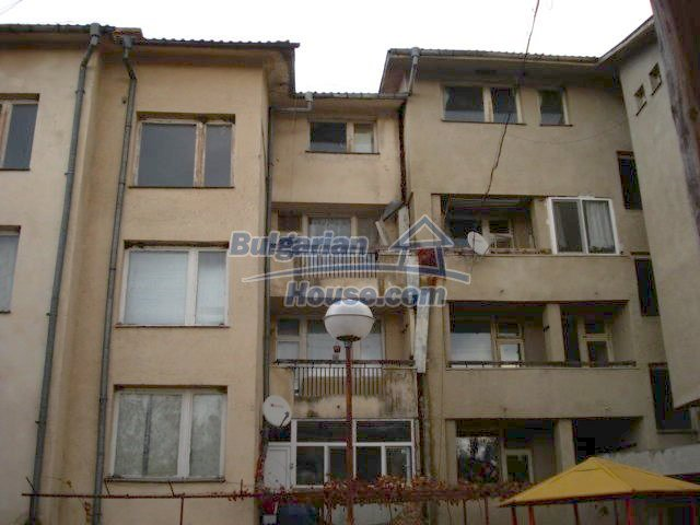 10986:2 - Large and cheap two-bedroom apartment near Elhovo