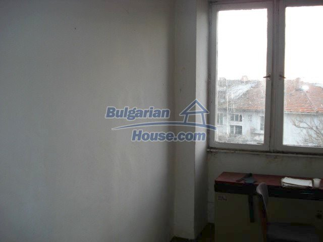 10986:4 - Large and cheap two-bedroom apartment near Elhovo