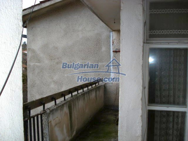 10986:8 - Large and cheap two-bedroom apartment near Elhovo