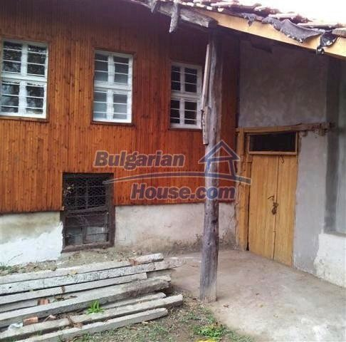 10988:1 - Cheap Bulgarian house near the Black Sea