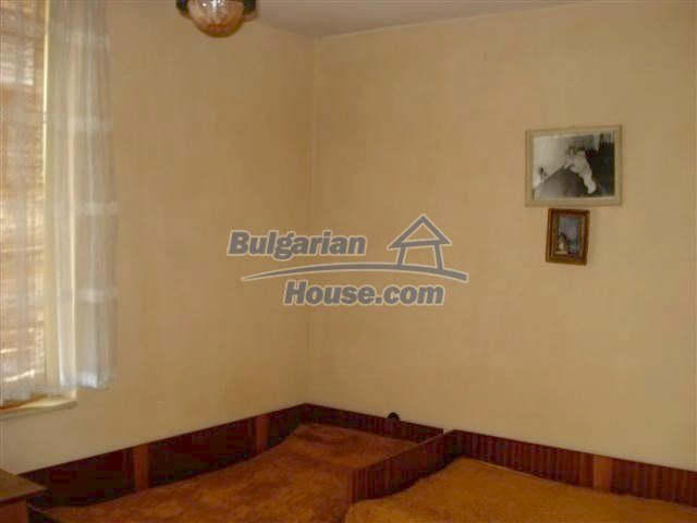 10991:12 - Cozy large two-bedroom furnished apartment