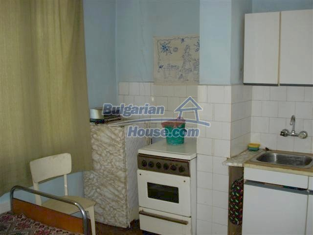 10991:13 - Cozy large two-bedroom furnished apartment