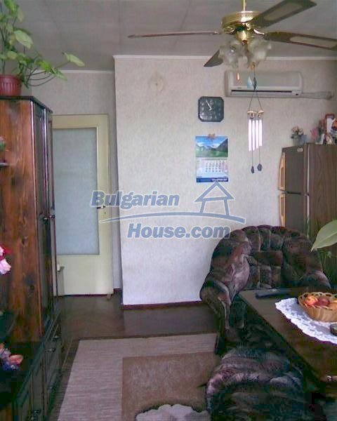 10994:3 - Bulgarian apartment in an eco clean area