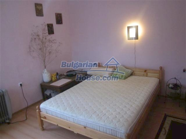 11002:2 - Furnished partially renovated Bulgarian house, Yambol