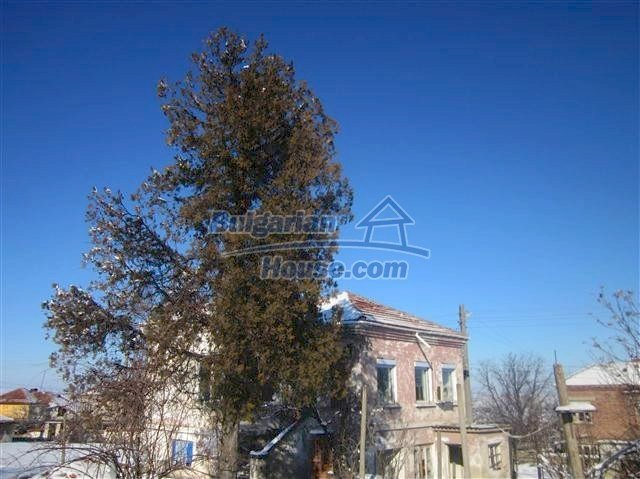 11002:11 - Furnished partially renovated Bulgarian house, Yambol