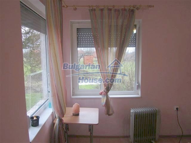 11002:12 - Furnished partially renovated Bulgarian house, Yambol