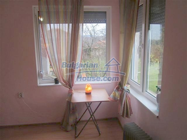 11002:13 - Furnished partially renovated Bulgarian house, Yambol