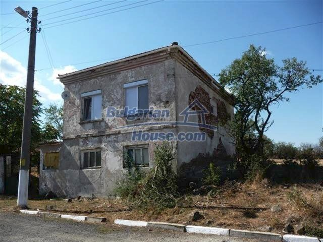 11002:4 - Furnished partially renovated Bulgarian house, Yambol
