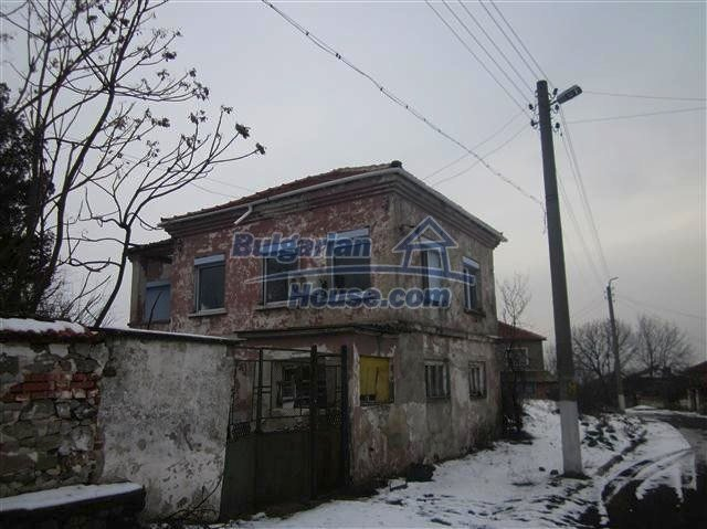 11002:8 - Furnished partially renovated Bulgarian house, Yambol