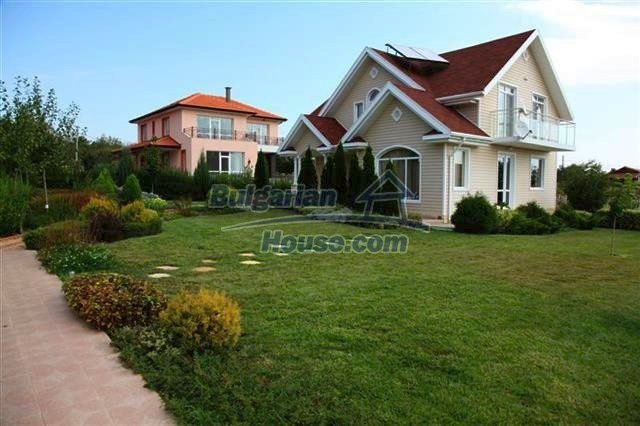 11008:4 - Attractive furnished and equipped seaside house, Pomorie