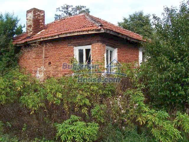 11017:1 - Beautiful small house in a green countryside