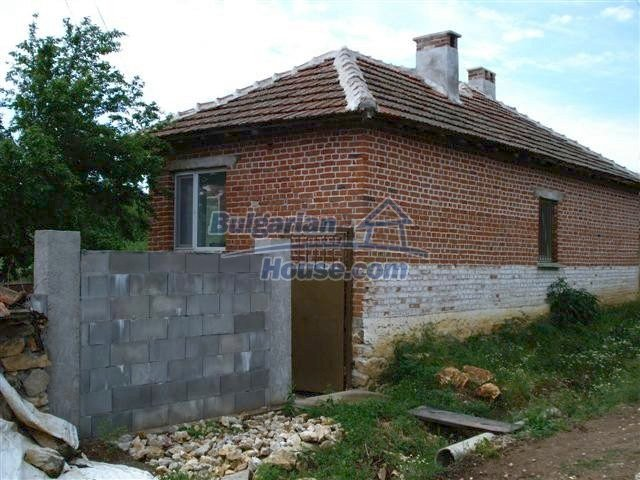 11033:4 - Well maintained renovated rural house