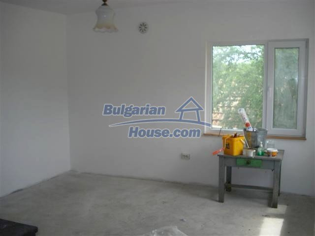 11033:8 - Well maintained renovated rural house