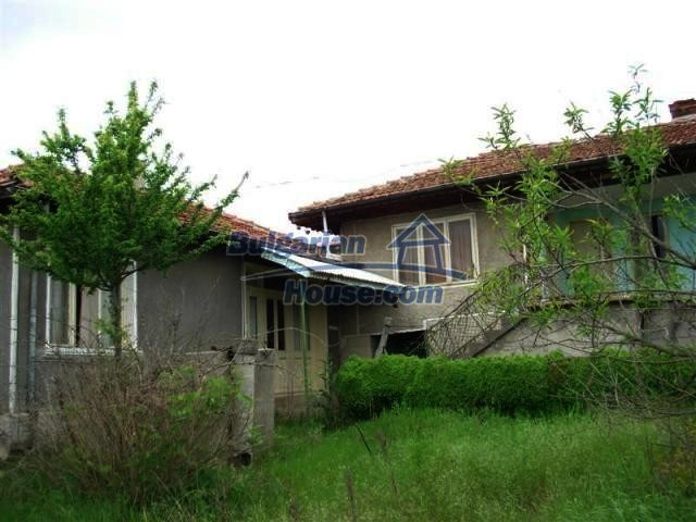 11045:3 - Lovely two rural houses near a big lake and the Black Sea