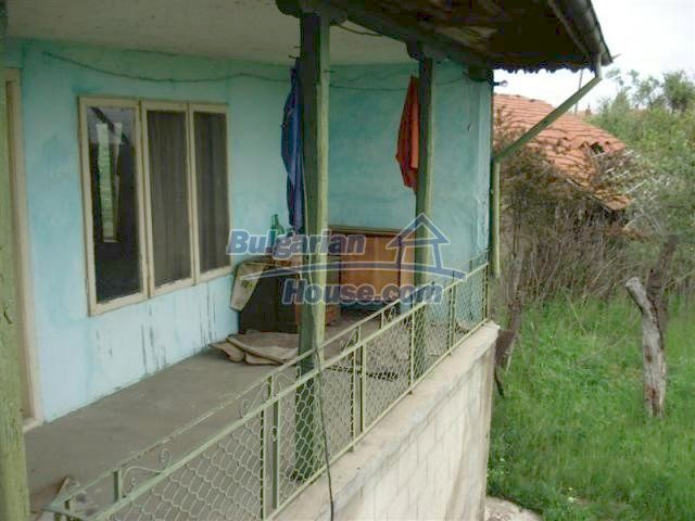 11045:13 - Lovely two rural houses near a big lake and the Black Sea