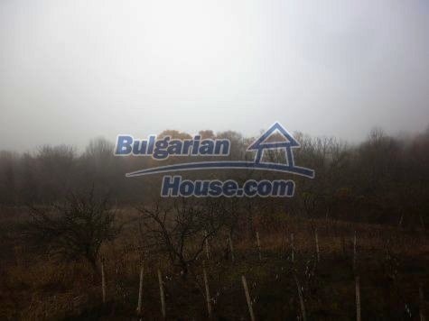 11077:9 - Small Bulgarian house in an incredible hilly countryside