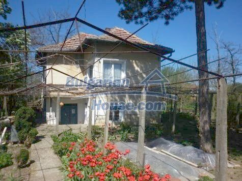 11081:1 - Compact house near Vratsa, excellent rural property investment