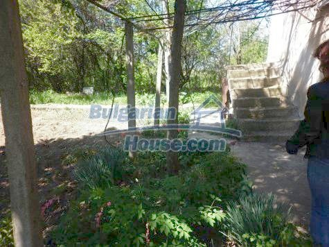 11081:10 - Compact house near Vratsa, excellent rural property investment