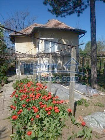 11081:18 - Compact house near Vratsa, excellent rural property investment