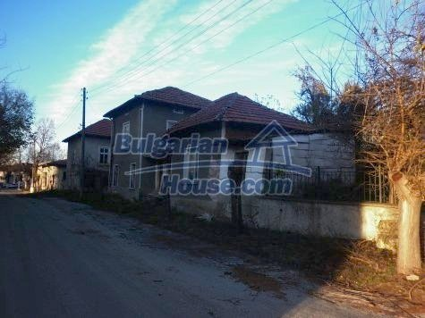 11082:2 - Very cheap functional rural house near Vratsa