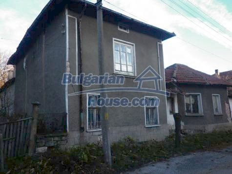 11082:4 - Very cheap functional rural house near Vratsa