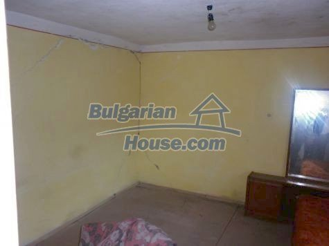 11082:15 - Very cheap functional rural house near Vratsa