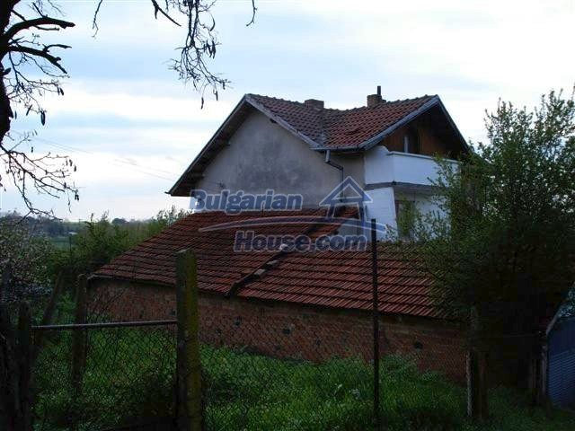 11106:5 - Two-storey house in a beautiful village, Yambol region