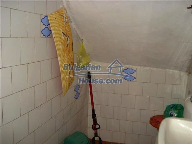 11106:11 - Two-storey house in a beautiful village, Yambol region