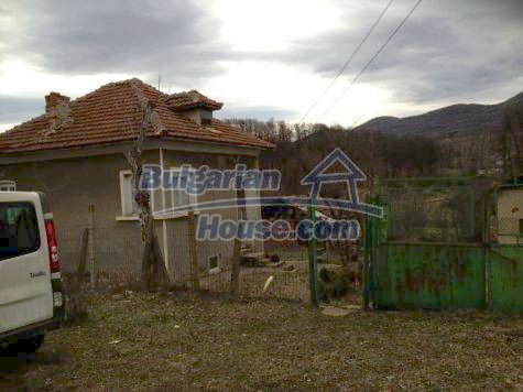 11119:1 - Thoroughly completed and furnished rural house near Vratsa