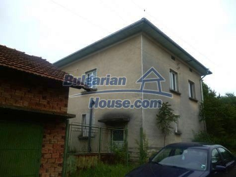 11120:3 - Large completed and equipped three-storey house, Vratsa region