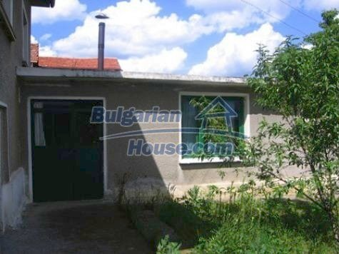 11121:7 - Finished rural house in a hilly area close to Vratsa