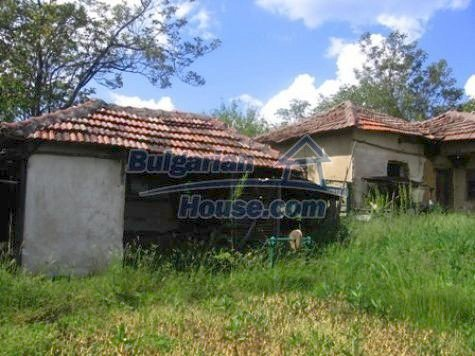 11121:8 - Finished rural house in a hilly area close to Vratsa