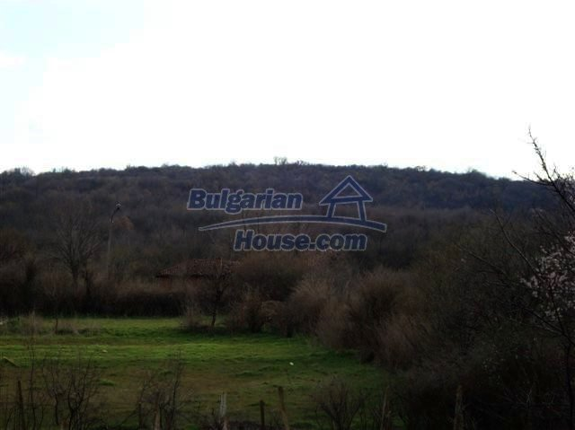 11129:16 - Massive rural house 15 km from Elhovo, quiet countryside