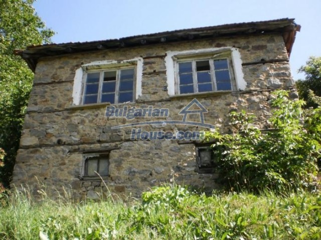 11136:1 - Pretty house with a nice panoramic view,30 km away from Smolyan