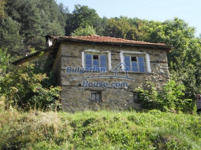 11136:2 - Pretty house with a nice panoramic view,30 km away from Smolyan