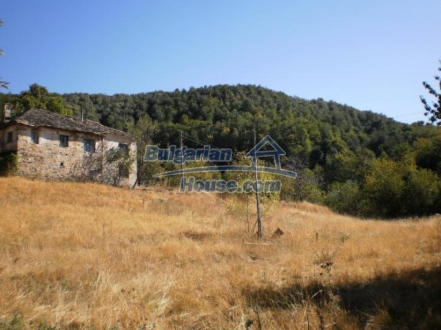 11140:3 - Property with a landscaped garden in the Rhodope Mountains