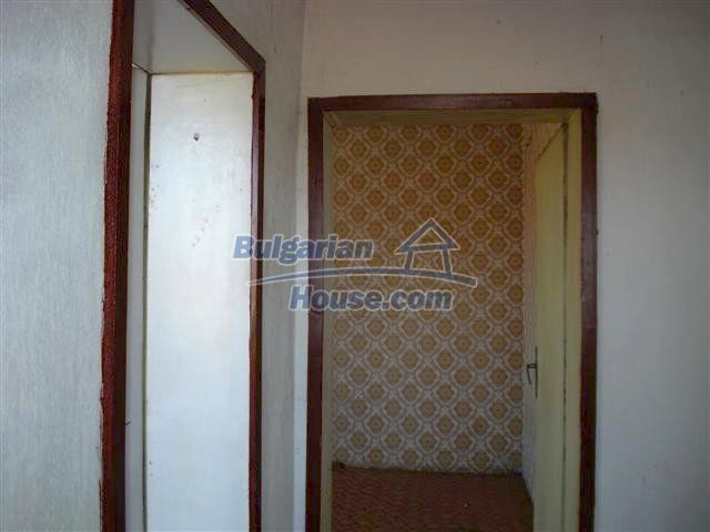 11141:2 - Two-storey house close to the town center in Elhovo