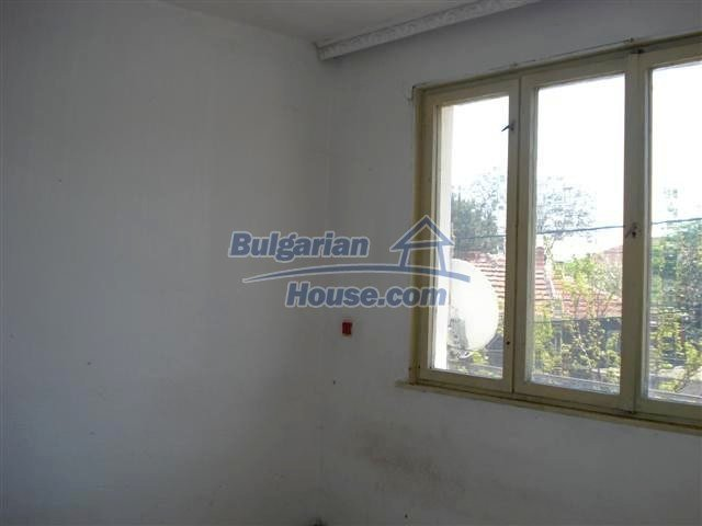 11141:4 - Two-storey house close to the town center in Elhovo