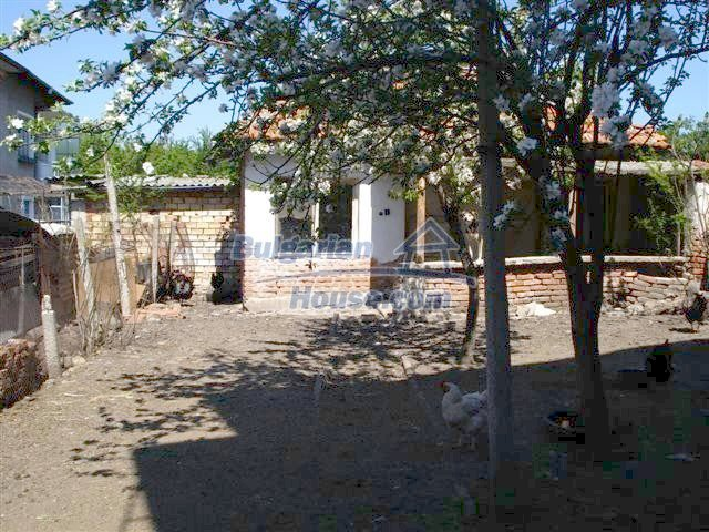 11141:12 - Two-storey house close to the town center in Elhovo