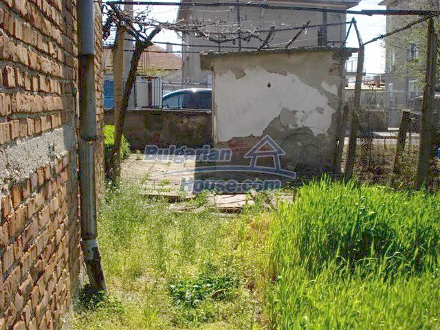 11141:13 - Two-storey house close to the town center in Elhovo