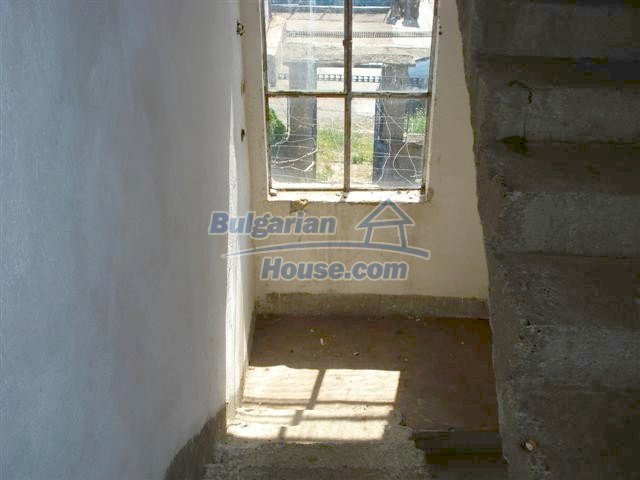11141:6 - Two-storey house close to the town center in Elhovo
