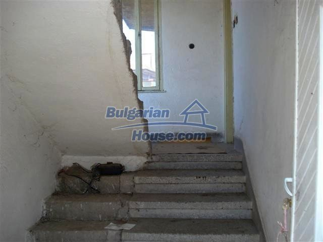 11141:7 - Two-storey house close to the town center in Elhovo