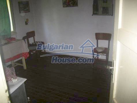 11142:3 - Cheap house at the foothills of the Balkan Mountains near Vratsa