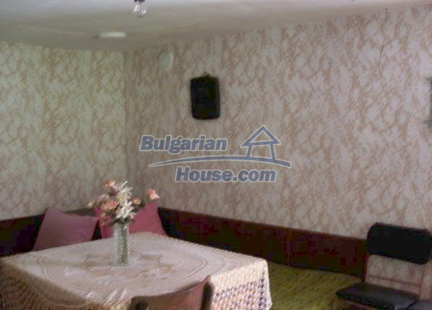 11148:3 - Maintained rural house with a wonderful big garden,Shumen region