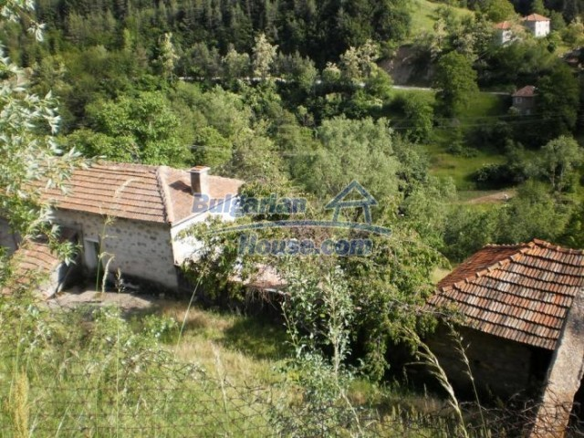 11151:10 - Nice stone house in a divine mountainous region, Smolyan