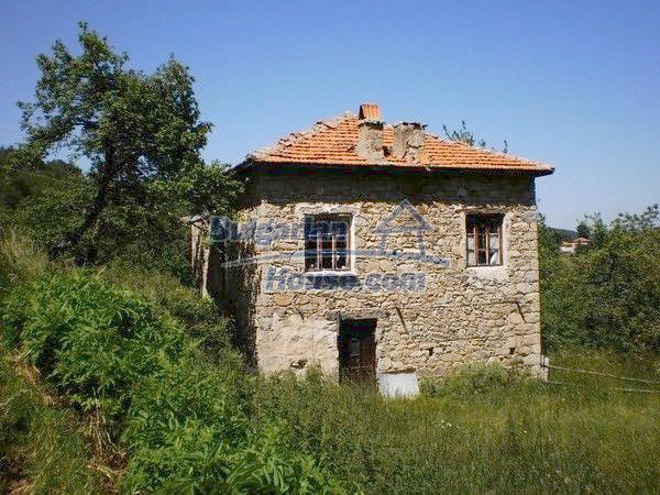 11157:4 - Stone house in a splendid region near the Rhodope Mountains