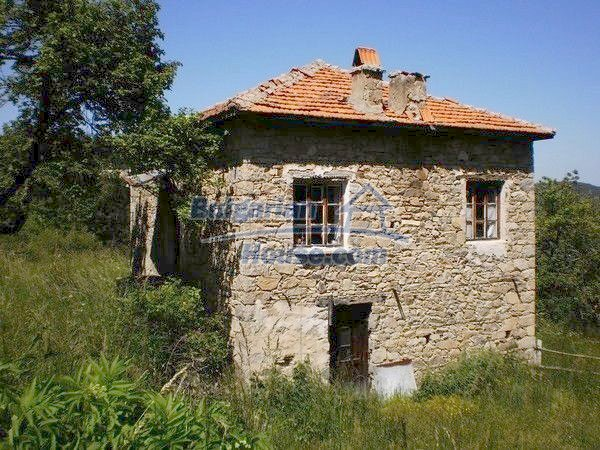11157:5 - Stone house in a splendid region near the Rhodope Mountains