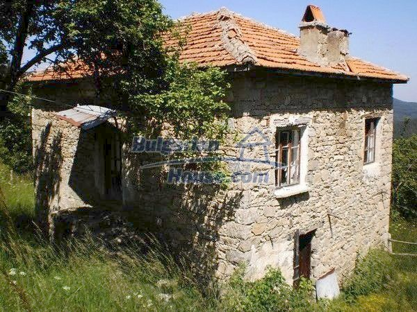 11157:6 - Stone house in a splendid region near the Rhodope Mountains