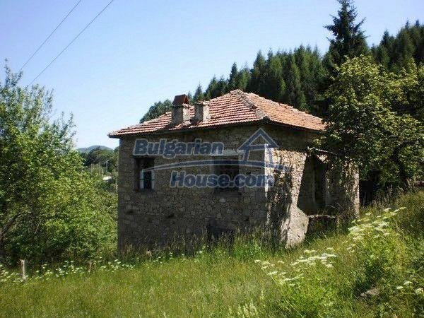 11157:7 - Stone house in a splendid region near the Rhodope Mountains